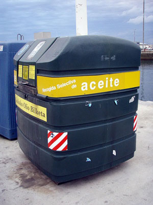 WVO oil collection bin can be used to make biodiesel